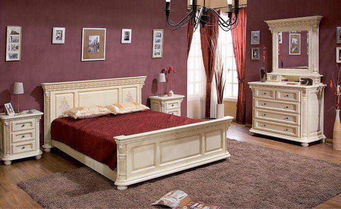 Mobila / Mobilier Dormitor alb / crem clasic din lemn masiv  cu sculptura cu prezenta impunatoare si distinsa. Mobila este disponibila in 4 variante de finisaj / culoare - nuc , nuc rosiatic, alb sau crem - se pot vedea la poze. Finisajele vopsite, alb sau crem se pot face cu sau fara patina - maro sau aurie.  In poze apare nuc respectiv crem cu patina maro, iar la Dormitor Daria se poate vedea finisajul alb cu patina aurie.