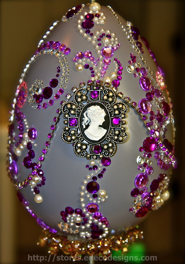 When you cannot afford Faberge Eggs, make your own for Easter!