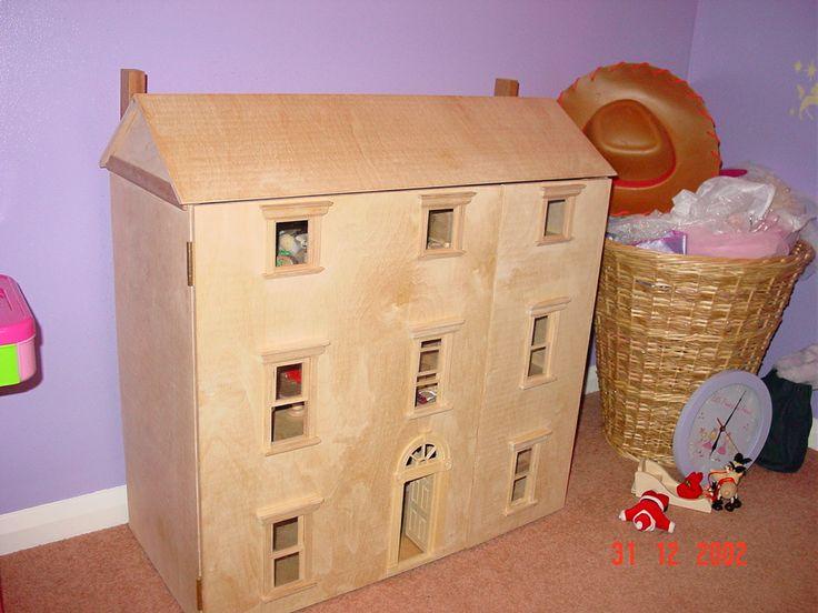 Dolls House (closed)
