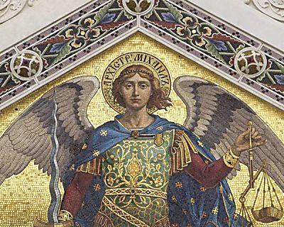 São Miguel Arcanjo: aprenda oração de libertação e proteção                                                                                                                                                                                 Mais