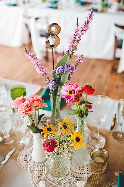 This cute wedding has had us swooning all week