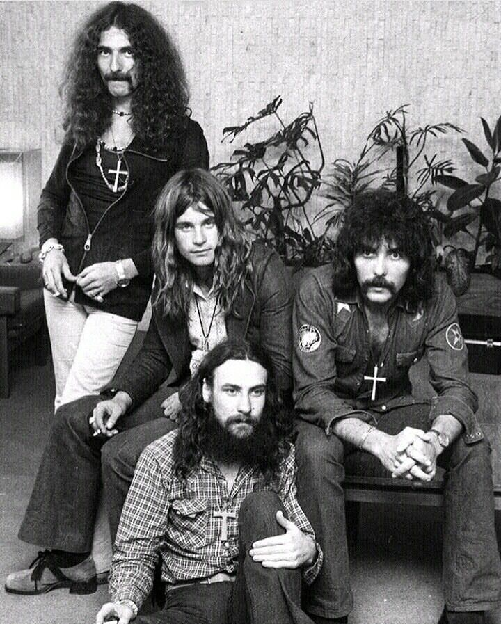 Black Sabbath, press conference, Sydney Airport, Australia -January 18-1973 Masters Of Reality