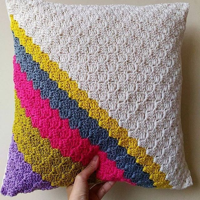 Repost. Loving this #crochet cushion cover by @crochetbyani