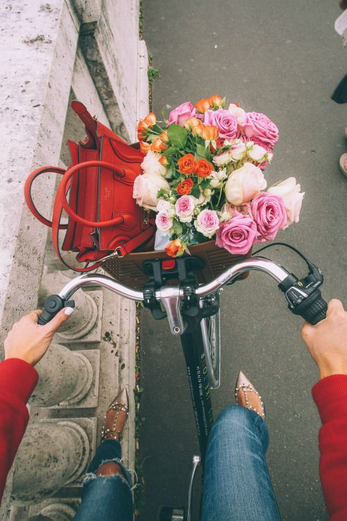 ventura-fashion: Stylowa Na Rowerze