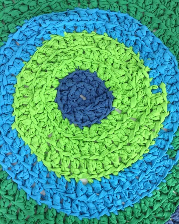 How To Crochet A T Shirt Rug Free Crochet Pattern Maggie