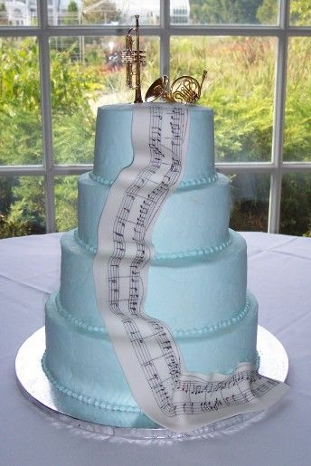 Sheet music wedding cake, differnt colors and differnt topper =]