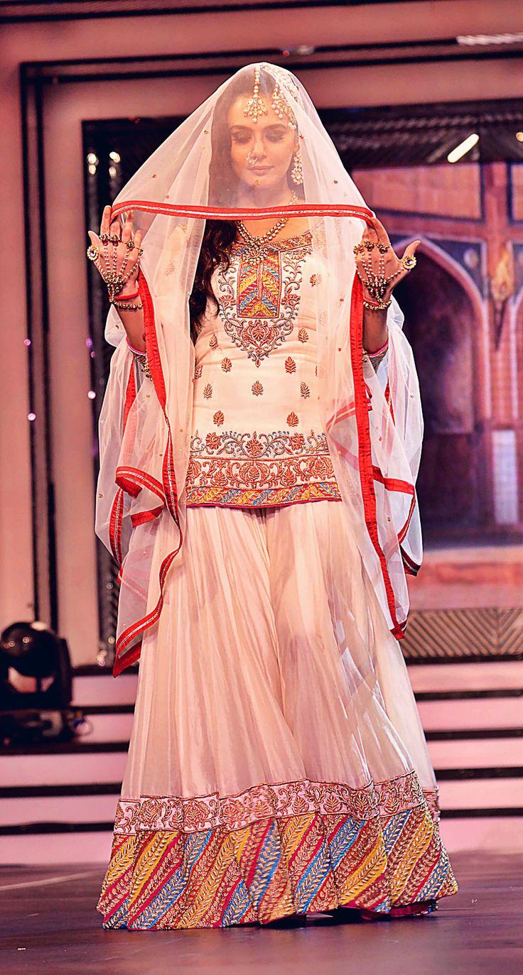 Pin By Fashion Passion On Desi Fashion Sharara Designs