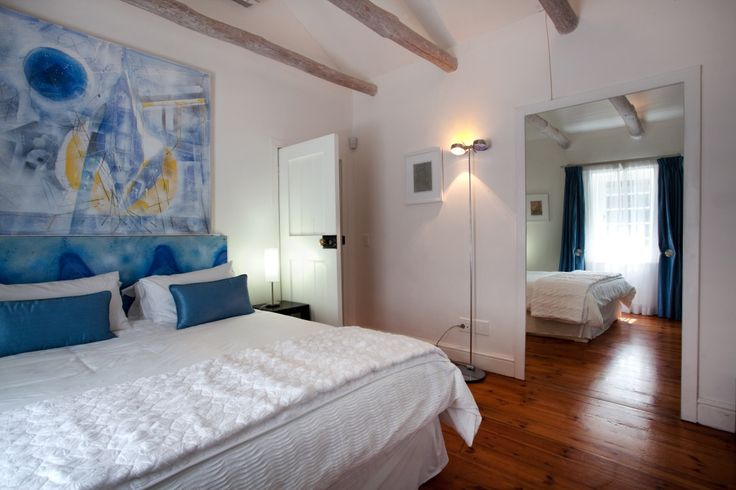 Allee Bleue_Hospitality_09.jpg  - KENDALL COTTAGE  with art & interior design by Emil & Gundel Sogor