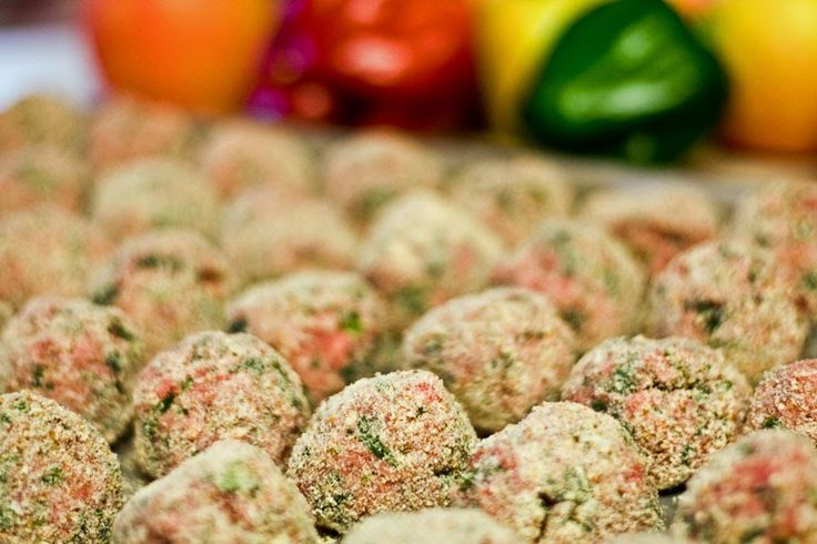 We're cookin' again for Blog No. 8 ...   Alton Brown's baked meatballs is one of those rare recipes that needed little modification. Underst...