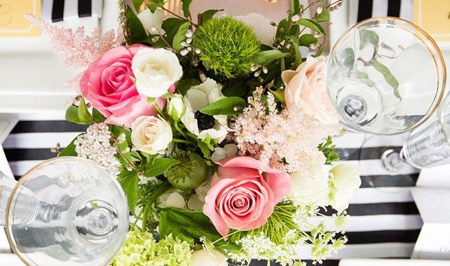 20 Ways to Rock Black + White Stripes at Your Wedding