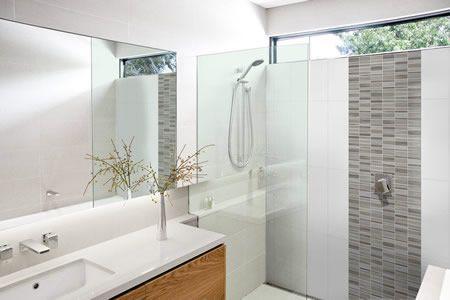 Shower splashback feature pinterest for Sm bathroom ideas