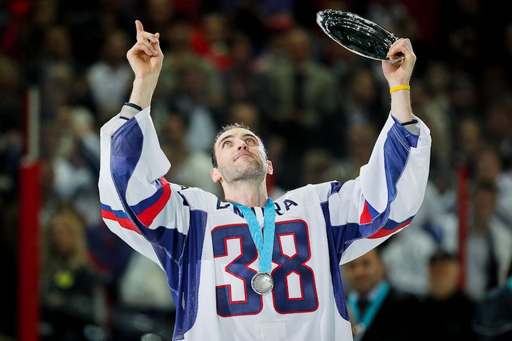 For the memory of Pavol Demitra, who died in the plane crash last autumn