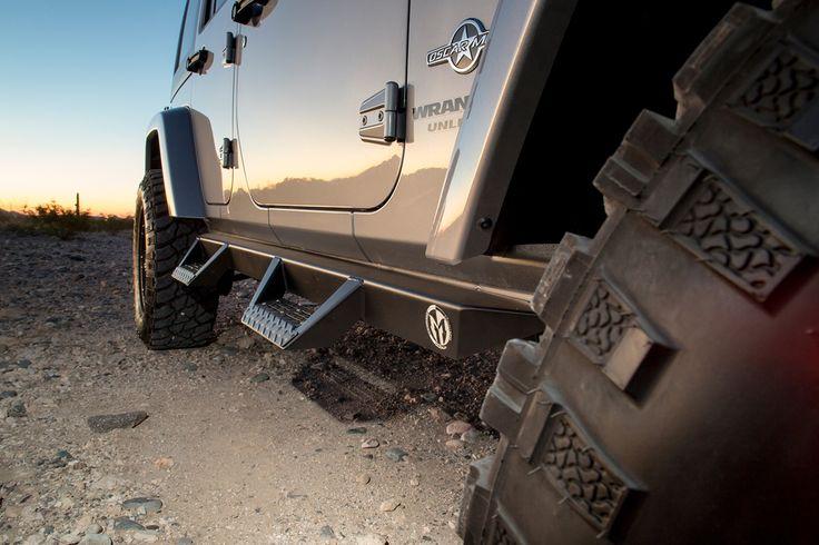 Magnum Side Steps for Jeep Wrangler