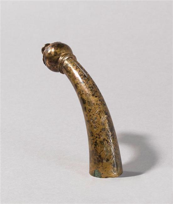 Elément de joug,  Bronze, âge du fer,  provenant de Somme-Tourbe, © RMN-GP (MAN) / T. Le Mage