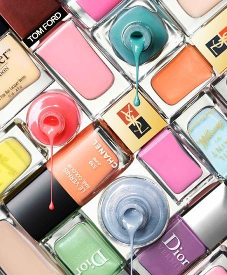 020-Still-Life-Product-Photographer-nail-varnish-cosmetic-spill-splash.jpg 454×550 pixels