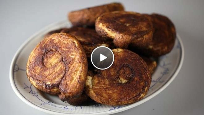 Rudolph's Bakery | ten de boter toe en kneed goed door. Verdeel het deeg in bolletjes van 80 gram en laat circa 20 minuten rusten.Rol vervolgens elk bolletje deeg uit tot een...