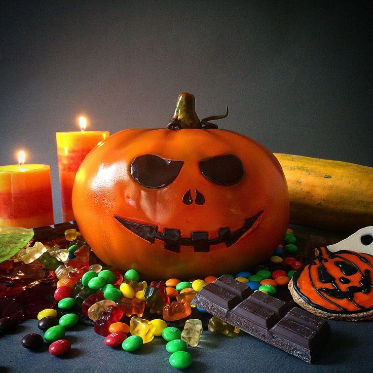 halloween cake pumpkin cake