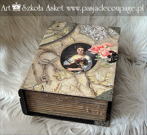 Paper decoupage collage dekupażowy