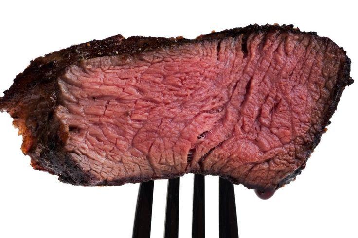 Darum lässt eiweißreiche Kost die Pfunde schmelzen