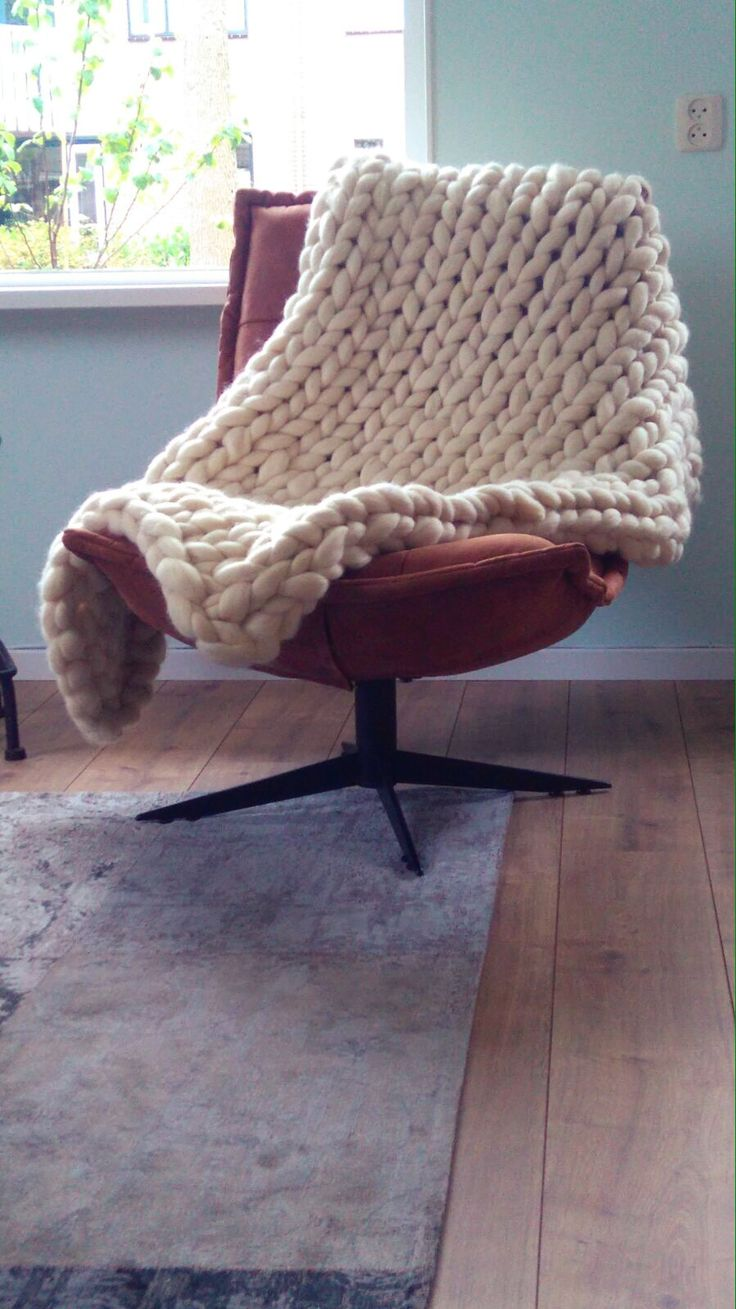 Wendy's Wool - Chunky knitted Wool blanket, grof gebreide deken