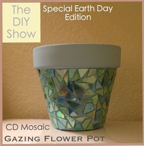 thediyshow.com: Earth Day - DIY Gazing Flower Pot (FABULOUS way to use up those old CDs, and what a pretty mosaic!!)