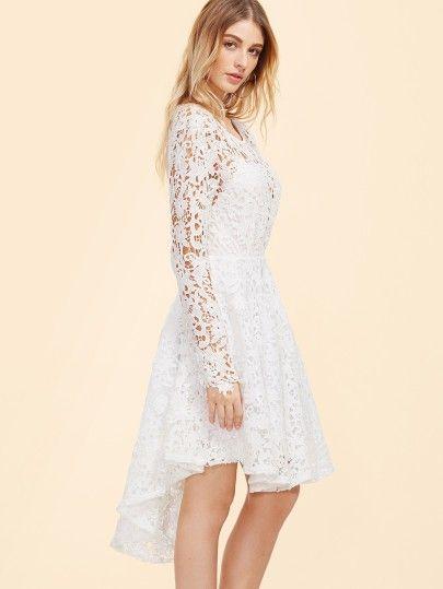 700ded5e44c Skater Kleid mit Stickereien und Spitze Weiß