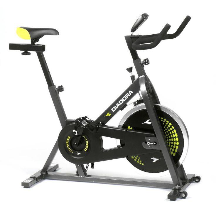 La Diadora Fit Bike Tour 18 è una cycletter per running adatta sia per principianti che per professionisti.