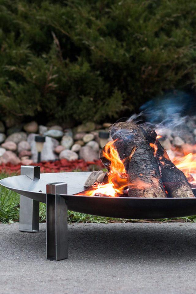 Im Garten Gemutlich Machen Mit Der Space Design Feuerschale Von Svenskav Feuer Feuerimgarten Feuerstel Feuerschale Feuerstelle Garten Garten Grillen