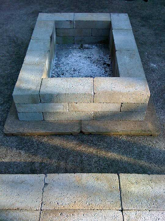 Cinder block fire pit bench outdoor decor pinterest for How to build a block fire pit