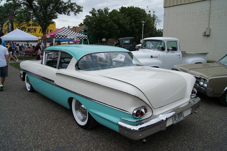 1958 - Chevrolet Biscayne - side rear