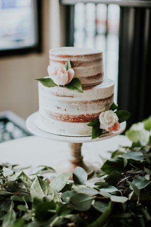 Two tier semi-naked wedding cake. Bridalbliss.com | Portland Wedding Planner | Oregon Event Design | Olivia Strohm Photography