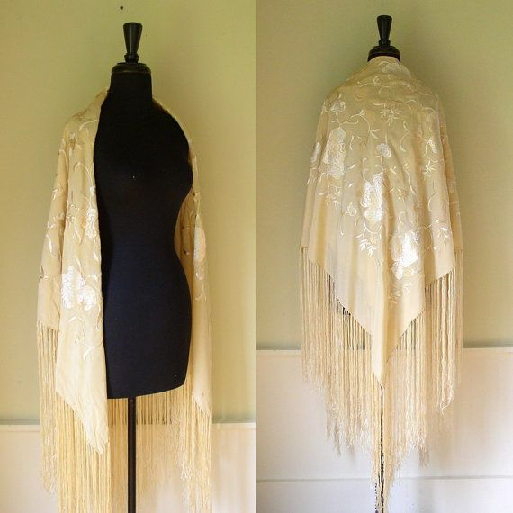 Vintage Wedding Dresses Birmingham: Vintage 1920's Piano Shawl / 20's Bridal Wrap / Cream Silk