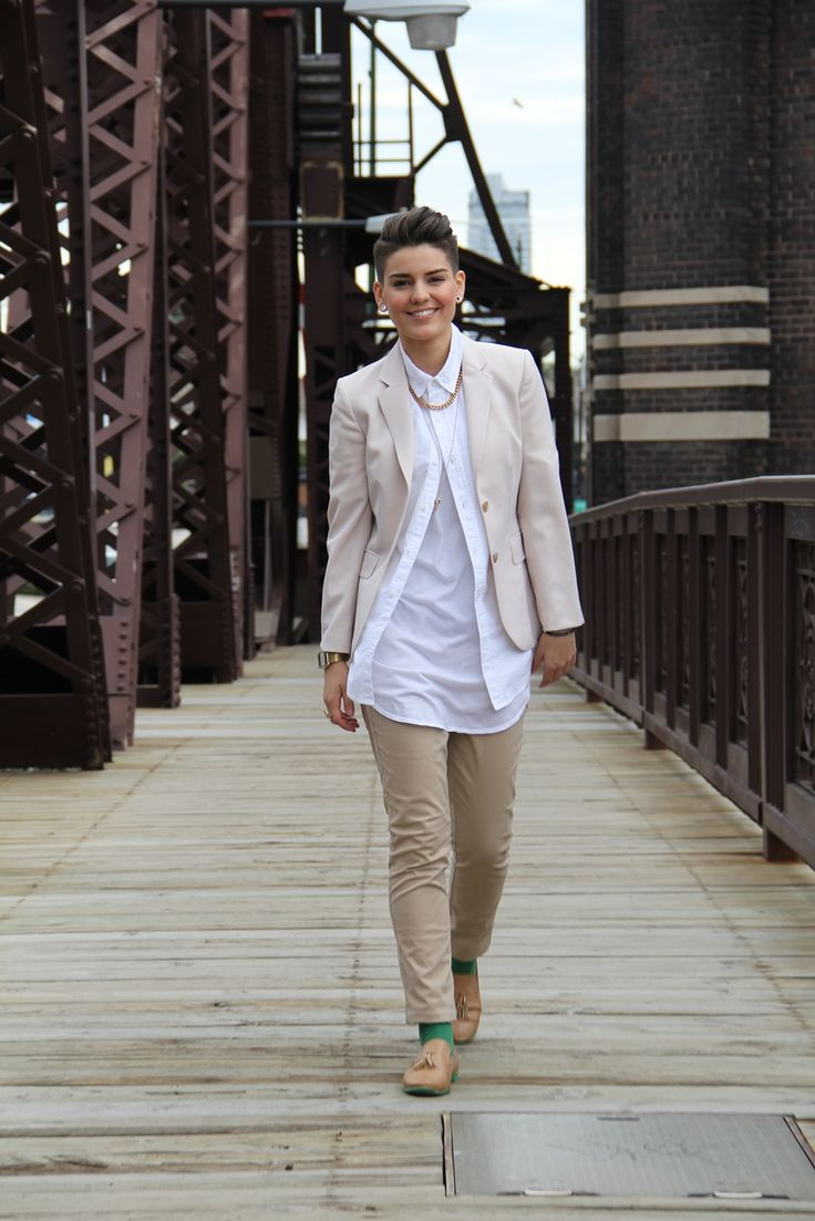 Welcome back to Style Dossier, Gabrielle Royal's column that profiles stylish queers across the country. This edition, Gabrielle is featuring Alyssia Evans, a Illinois-based...