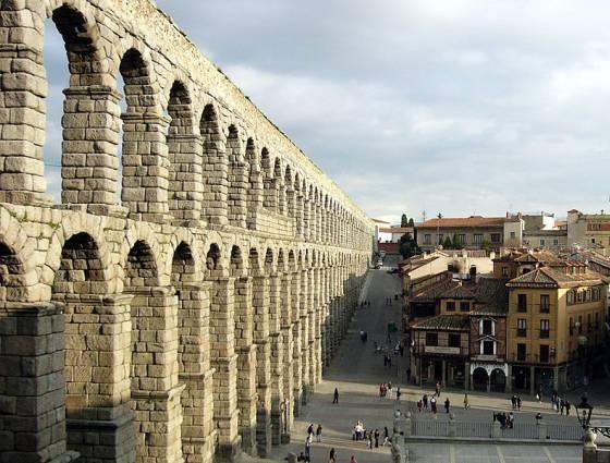 Rzymski akwedukt w Segowii