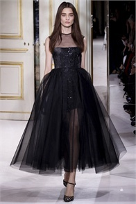 Giambattista Valli - click on the photo and flip through complete collection on Vogue.it