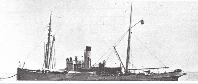 """O Navio de Salvamento NRP """"Patrão Lopes"""", antigo Navio de Salvação Alemão """"Newa"""" requisitado no Porto de Lisboa a 23 de Fevereiro de 1916 pelo Governo Português, de Julho de 1927 a 29 de Fevereiro de 1936"""