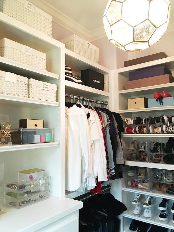 chic walkin closet