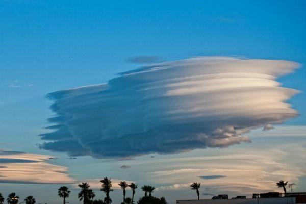 Nuvens lenticulares (2)