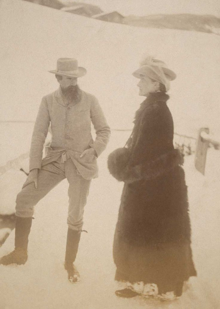 Virginia Woolf's parents, Leslie Stephen and Julia Jackson, in Switzerland circa 1889. #virginiawoolf #sirlesliestephen