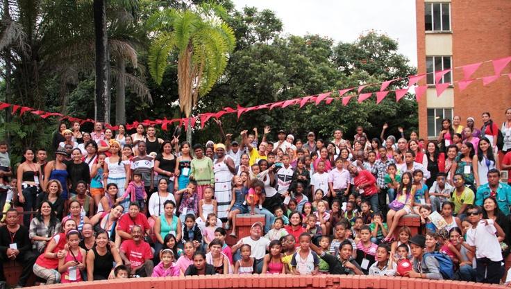 Todos los participantes de la feria regional