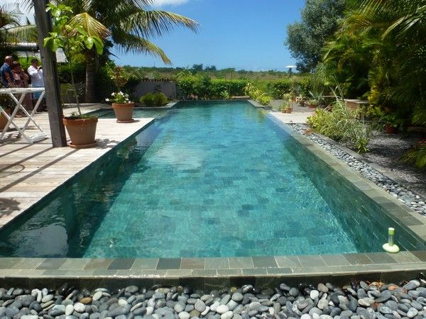 1000 ideas about piscine beton on pinterest piscine for Piscine hors sol guadeloupe