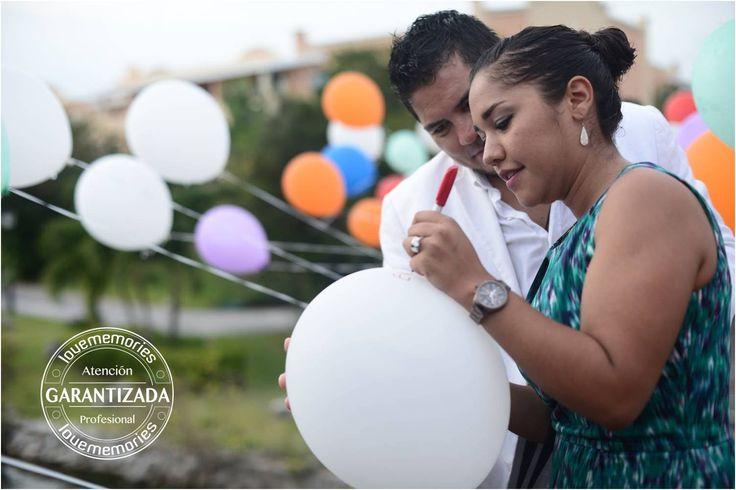 Tu deseo en un globo Globos de gas para cada paraja invitada a la boda.