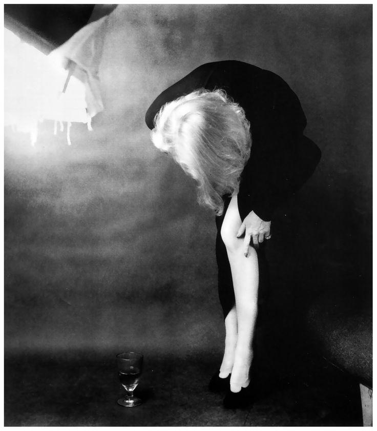 Marlene Dietrich. 1952.    PINS Photographer: Milton Greene