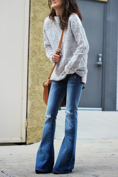 The bells bottom flare pants can show your long legs very well.Vintage high  waisted jeans slim your sides b51f37de9a1