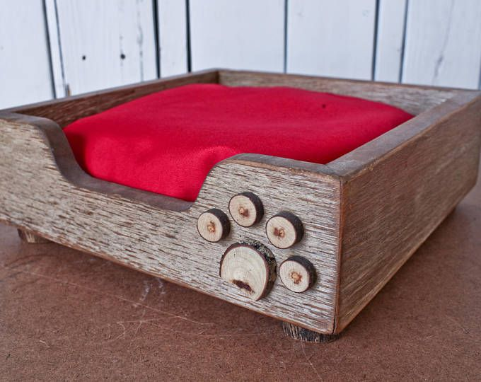Hand-Crafted Rustic Dog Bed (Small) / reclaimed wood dog bed / shabby chic / custom dog bed / wooden dog bed