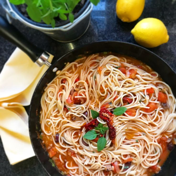 4_easiest_meals_tomato_basil_pasta