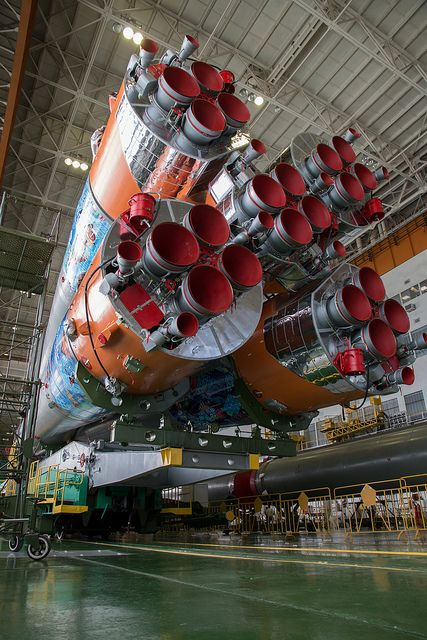 Expedition 38 Preflight view of Soyuz launch vehicle (201311040012HQ)