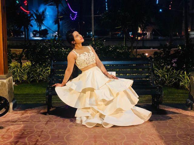 أروهي بطلة مسلسل حب خادع اروهي مسلسل حب خادع اجمل صور تارا Formal Dresses Long Indian Tv Actress Fashion