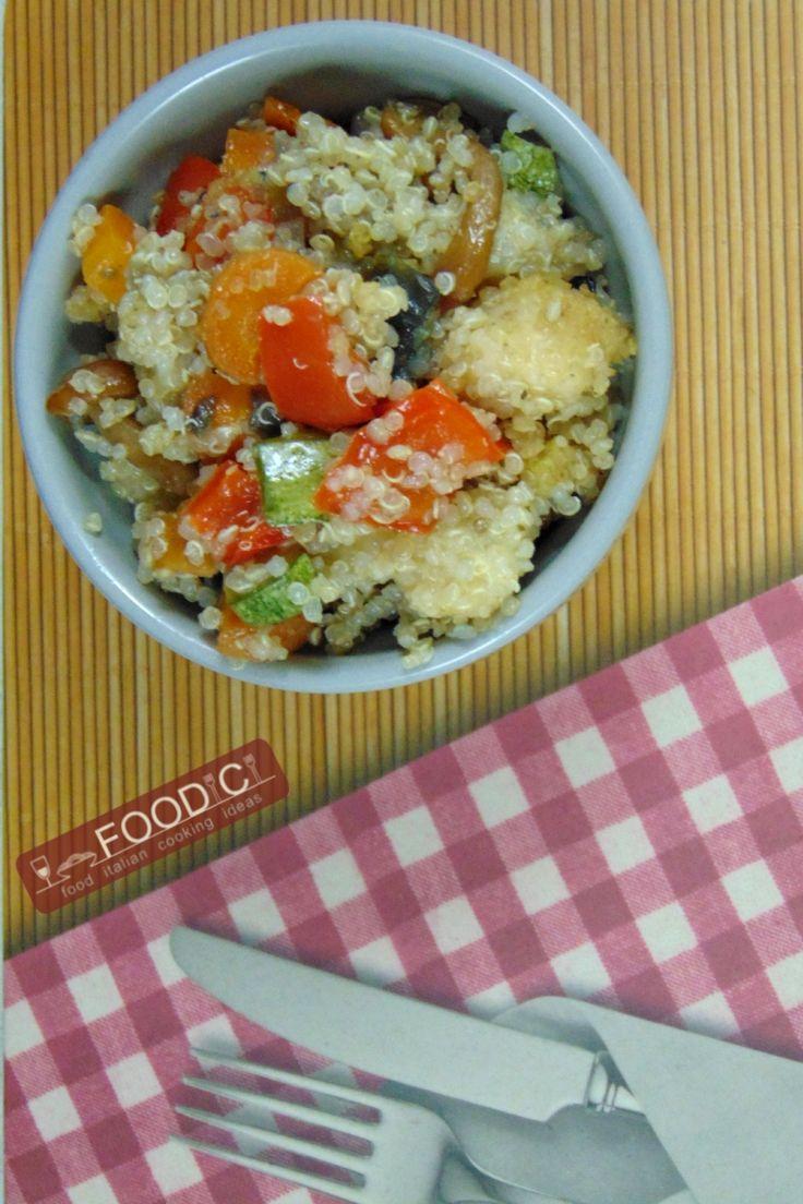 QUINOA ALLE VERDURE è una ricetta facile, veloce e gluten free.  #glutenfree #quinoa #ricettequinoa #ricettafacile #ricettavegetariana #recipeglutenfree #senzaglutine #ricettequinoa #quinoaverdure #quinoarecipe #ricettelight #ricetteitaliane #ricetta #healtyrecipe #cucinaresenzaglutine #ricettealleverdure
