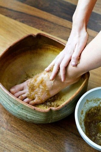 Pedicure Tips: We are going to cover some of the best home pedicure tips which one should follow.